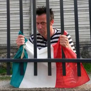"""Videoclip musicali : """"Tutti nel pallone"""" - Massimo Godino Band"""